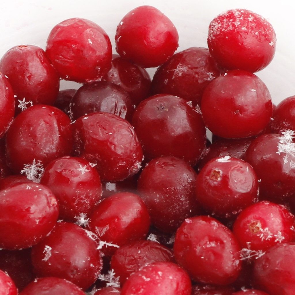 Frozen cranberries for Cranberry Protein Smoothie